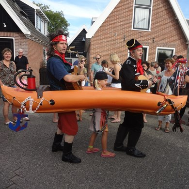 PIRATENBOOT 2016-09-10 Dirkshorn (12)v (1000x1000).JPG